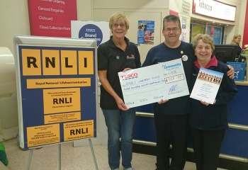 Tesco donation to RNLI
